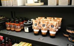 【アピヴィータ】蜂蜜と天然ハーブが嬉しいギリシャのナチュラルコスメブランド!  |アテネ