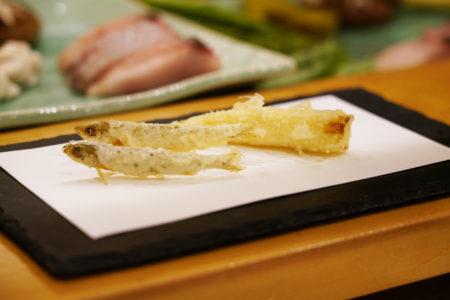 【天ぷら やじま。】素材の姿も味も引き立てる、名古屋の技術ある天ぷら店! | 東区