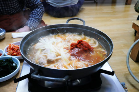 【ドライバー食堂】これぞ韓国の家庭料理! 地元民で賑わう活気あふれる大衆食堂! | ソウル市