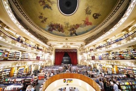 【エル アテネオ】世界で最も美しい書店! 劇場の座席があった場所には今…… | ブエノスアイレス