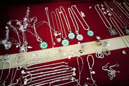 【ドラギ】父の意志を受け継いだ息子達が生み出す美しい銀細工 | ブエノスアイレス